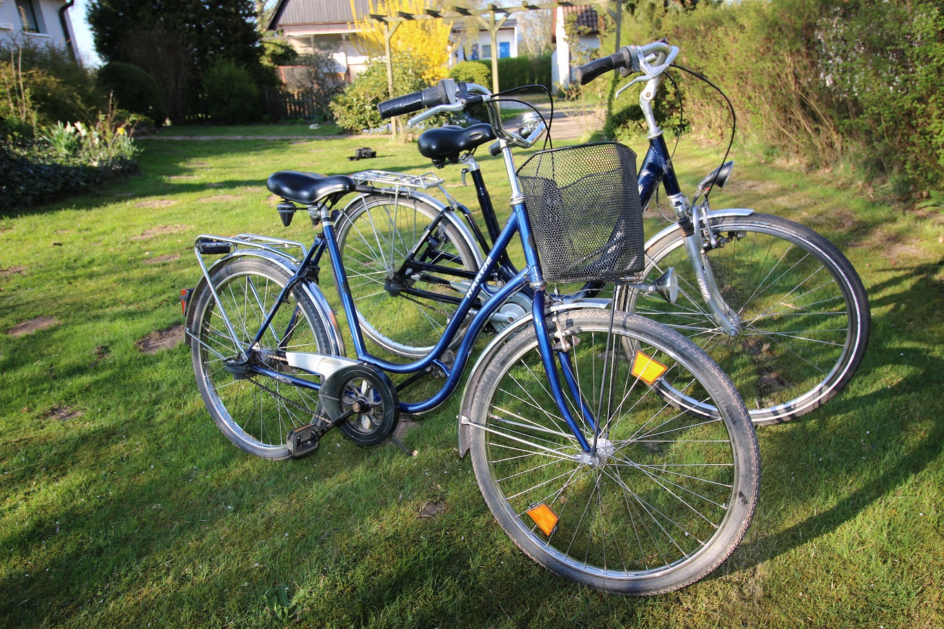 Zum Haus gehörende Fahrräder